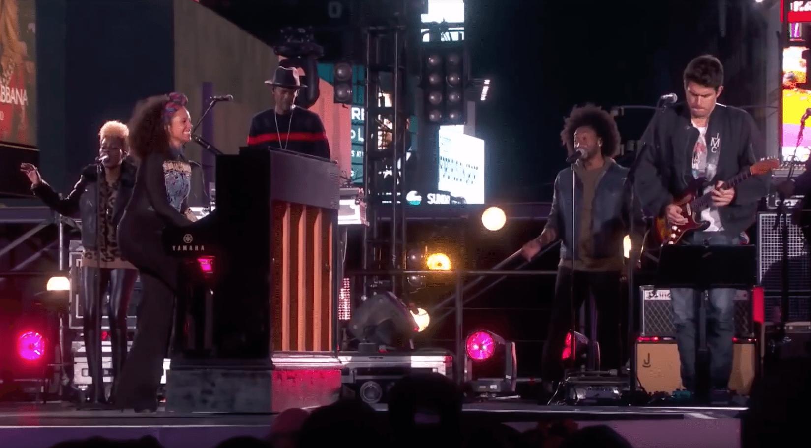 Watch Alicia Keys & John Mayer Mashup
