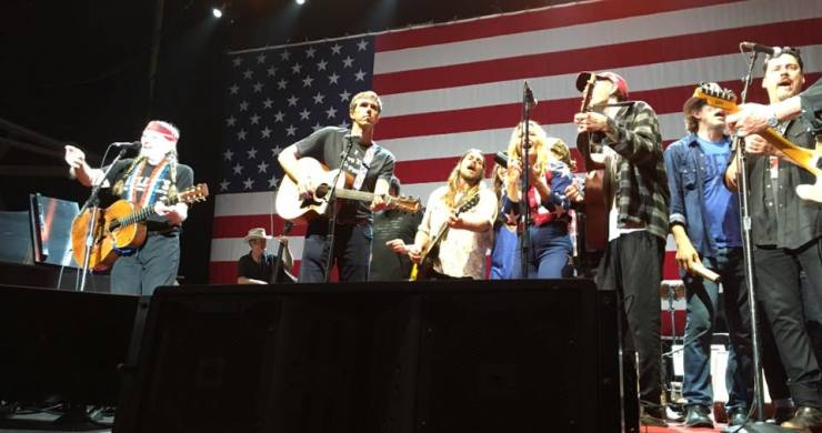 beto o'rourke willie nelson