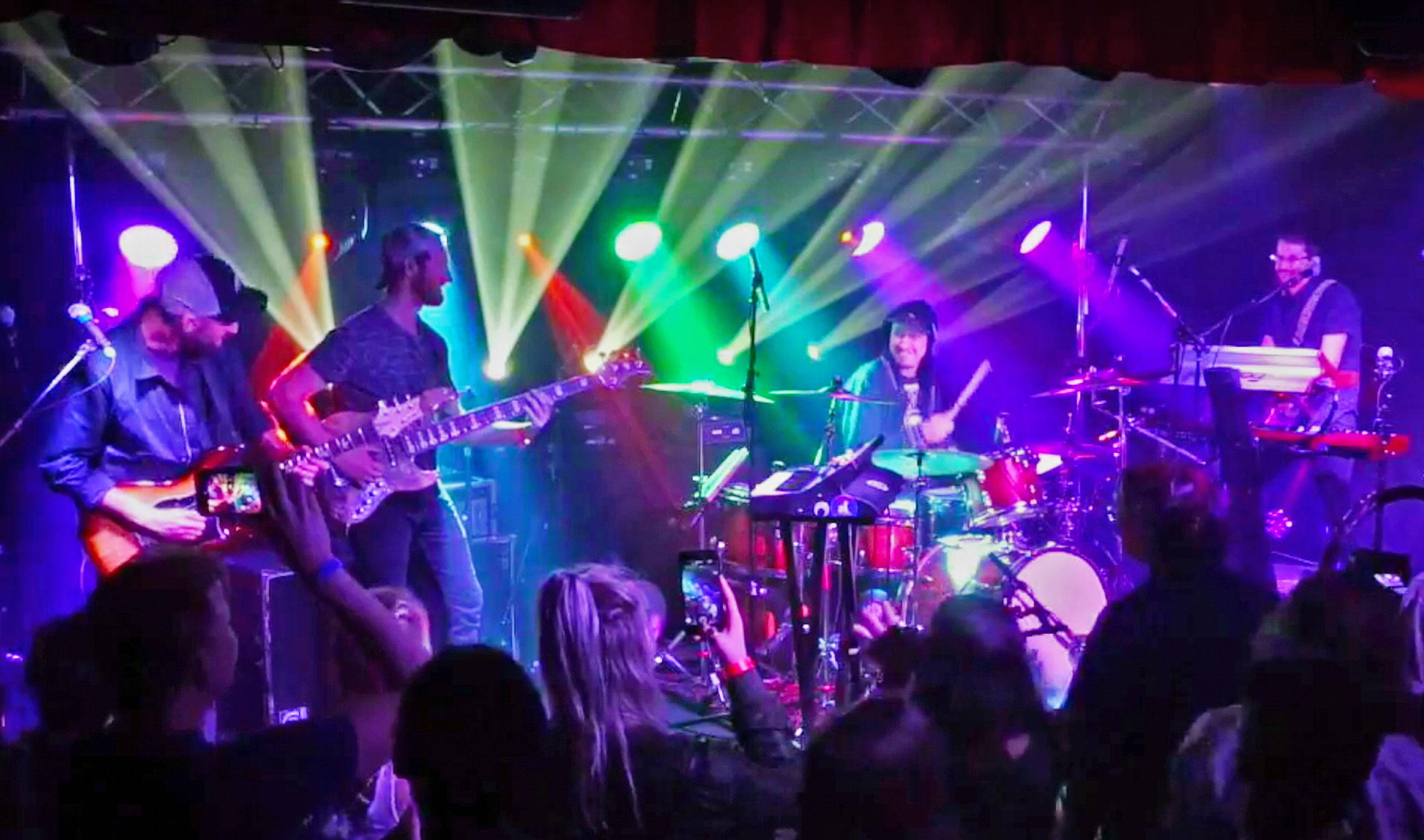 Aqueous Welcomes Members Of Lettuce, SunSquabi, BIG Something In Sold-Out Phoenix Debut [Full Pro-Shot Video]