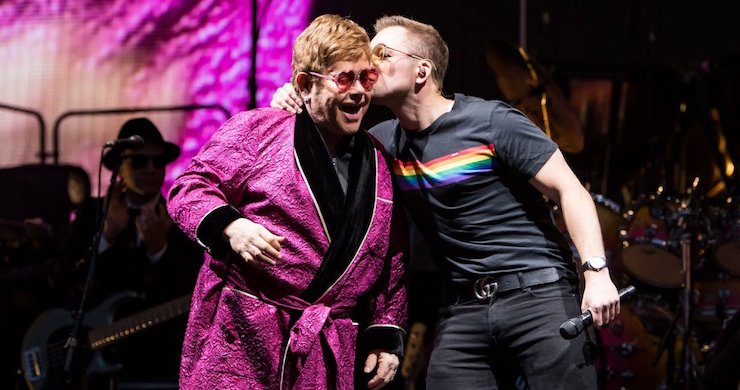 Taron Egerton Joins Elton John For Live Your Song Duet During Concert In England Pro Shot Video