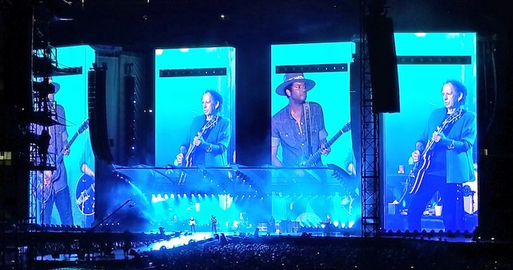 """The Rolling Stones Perform """"Ride 'Em On Down"""" With Gary Clark Jr. At Gillette Stadium [Watch]"""