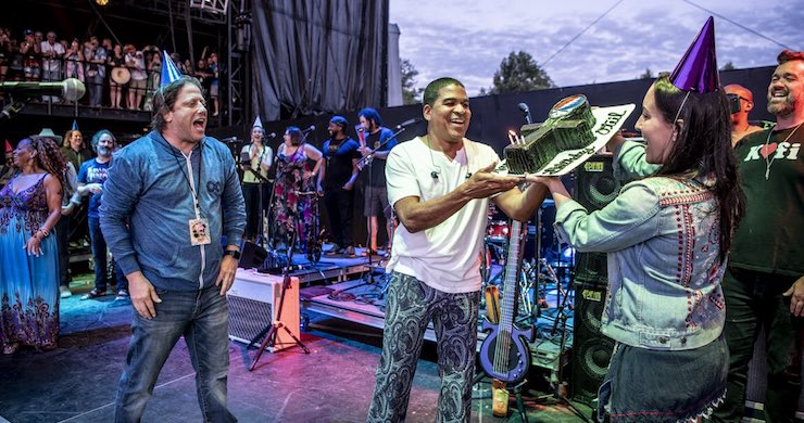 oteil burbridge, oteil burbridge lockn, oteil burbridge birthday, oteil burbridge music, oteil & friends lockn
