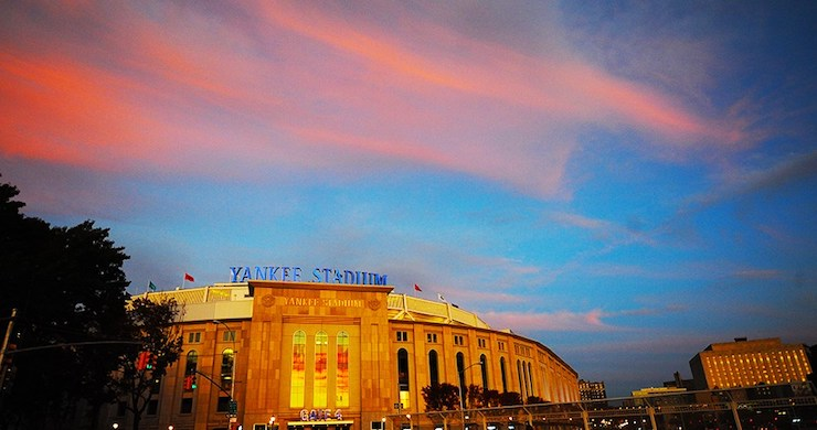 yankee stadium, yankee stadium 2020, yankee stadium drive-in, yankee stadium concert, drive-in concert, drive-in yankee stadium, drive-in 2020, drive-in europe