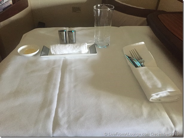 SQ Suites: Breakfast Service