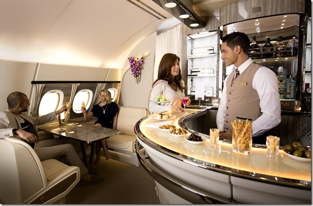 Emirates-A380-Onboard-Lounge3-1_thumb.jpg