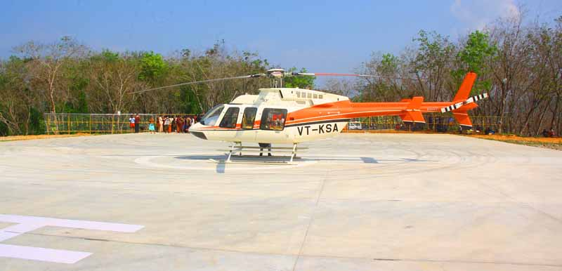 HeliTaxii Bell 407 Helicopter