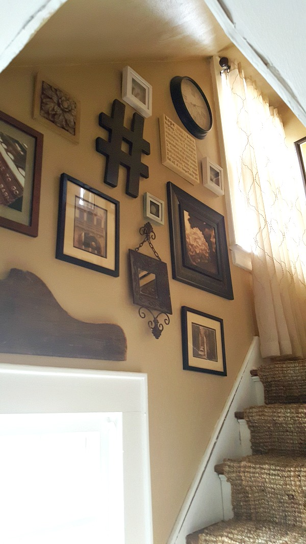 Stairway Gallery Wall - Check out my best tips for an interesting gallery wall display