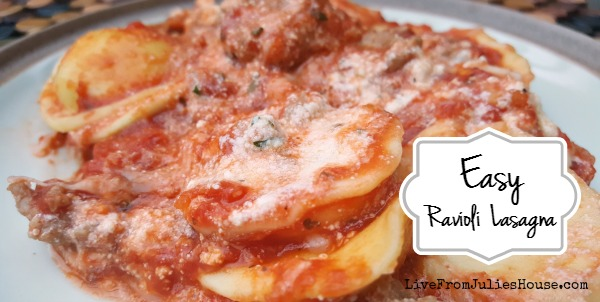 Easy Cheesey Ravioli Lasagna - This Easy Cheesey Ravioli Lasagna is delicious, and simple enough to throw together on busy weeknights. You don't even need to cook the ravioli first!