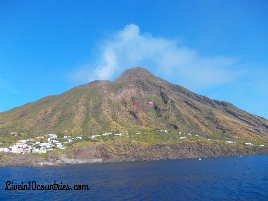visit Stromboli mountain