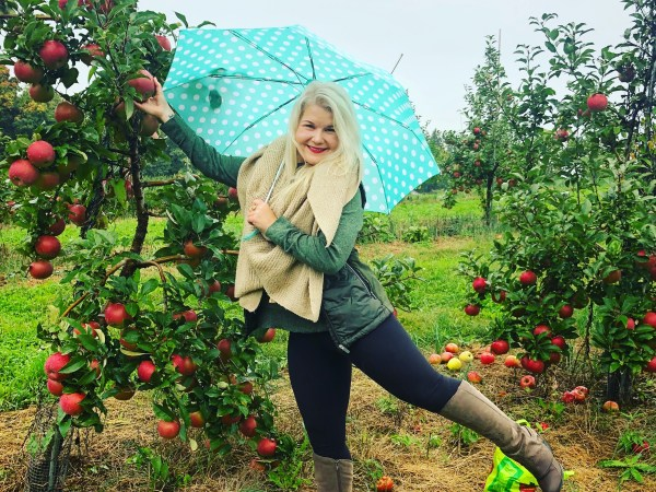 Wanderlusting: Apple Picking