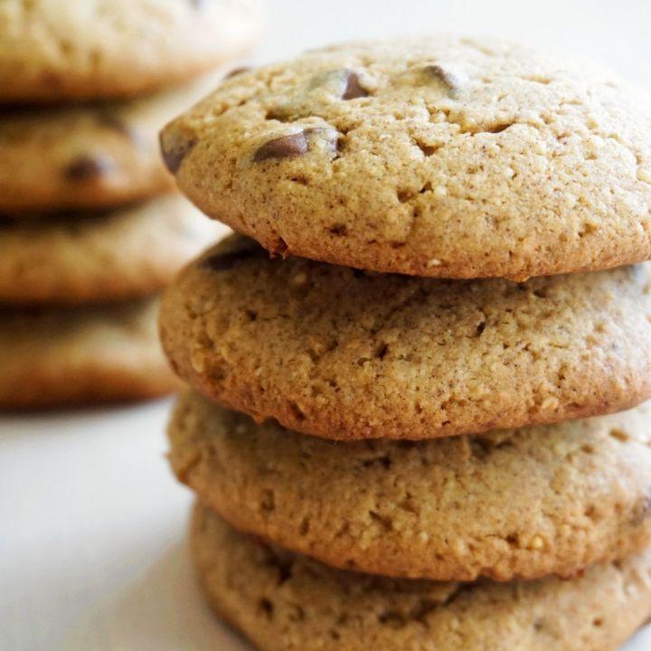 Ragi Oatmeal Cookies In 2 Stacks