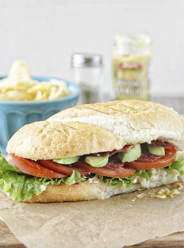 The Best BLTA Sandwich. Recipe with livelaughrowe.com