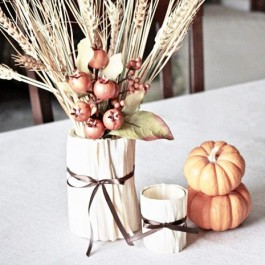 Fun and festive use of cornhusk. Create vases and votives! livelaughrowe.com