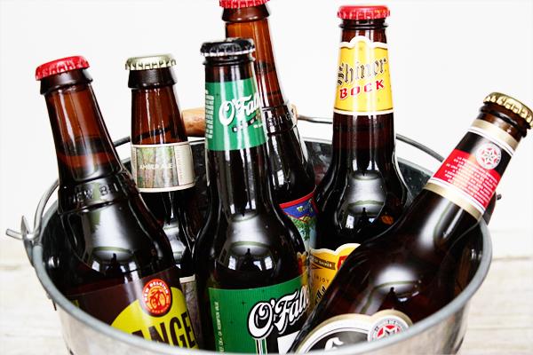 Beer Sampler for Cheers to Dad celebration at livelaughrowe.com