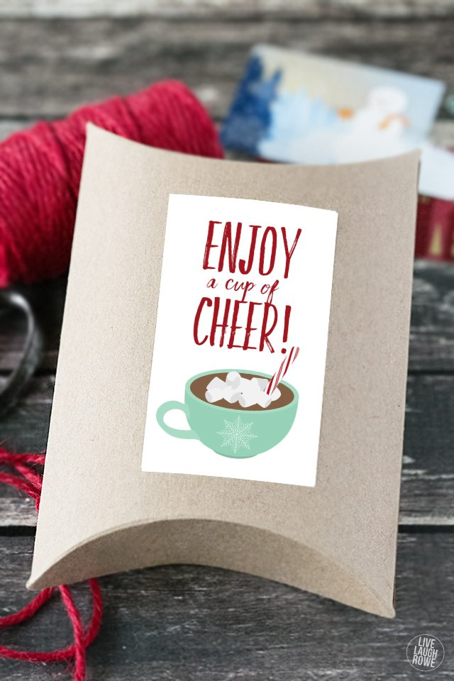 LOVE THIS! Add a coffee shop gift card to a pillow box and add this darling printable as a final touch. Great teacher gift too! livelaughrowe.com