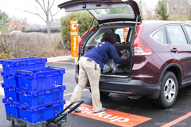 Walmart Online Grocery Pickup -- and a printable menu planner! It's time to get time back in your life. livelaughrowe.com