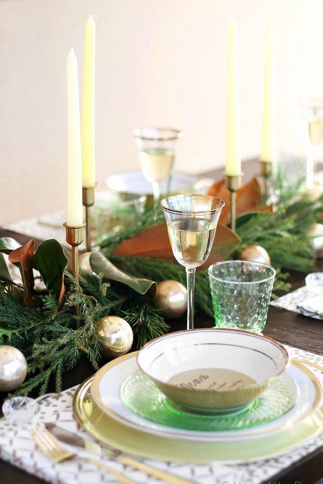 Christmas Brunch ideas from fabulous food for your menu to entertaining! livelaughrowe.com