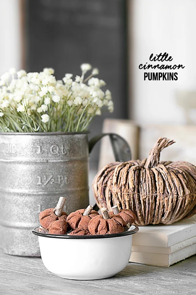 Pumpkins made using the cinnamon applesauce recipe. Full tutorial at livelaughrowe.com