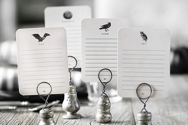 Four Printable Cards for Halloween -- they can be used as a journal card or a place card at your Halloween dinner! Sized at a 3x4, the possibilities are endless and perfectly festive. livelaughrowe.com