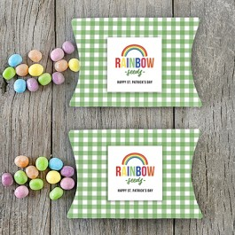A darling St. Patrick's Day Gift Idea with a free rainbow printable and green gingham pillow box! Grab yours at livelaughrowe.com