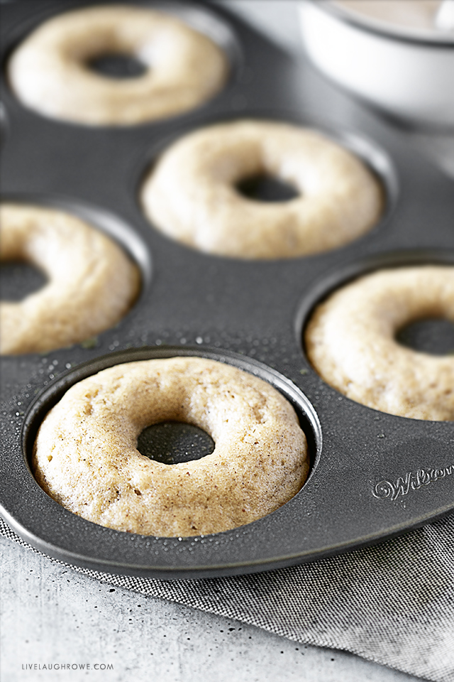 Baked Donuts in Pan