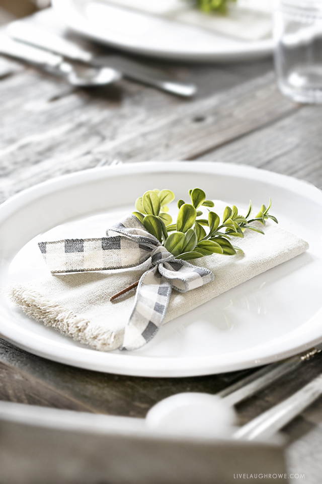 Place Setting with Boxwood Pick