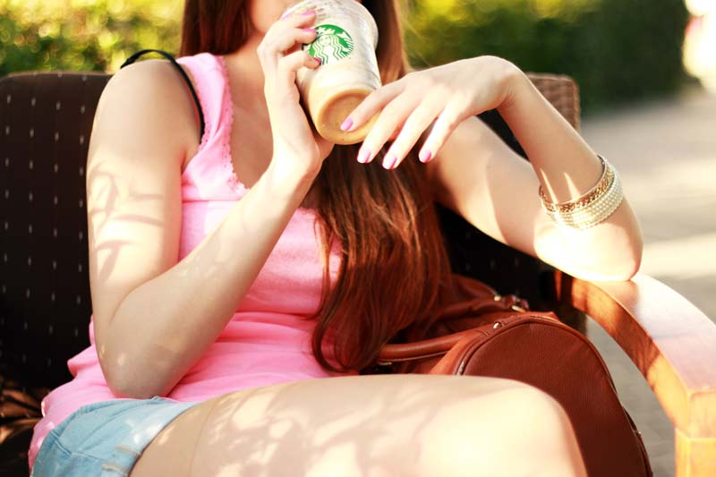 woman-coffee-cup-girl