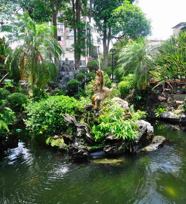 Longshan Fountain