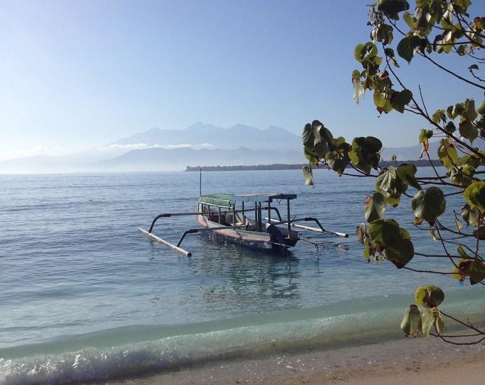 snorkelling, Giant sea turtles, Nemos, Warung, Sunrise, Sunset, Volcano, Mount Rinjani, Lombok, travellers, Volunteers, Paradise Island, Gili Meno, Gili Islands, Gili, Indonesia, backpaking, travel, hostel, eco hostel,