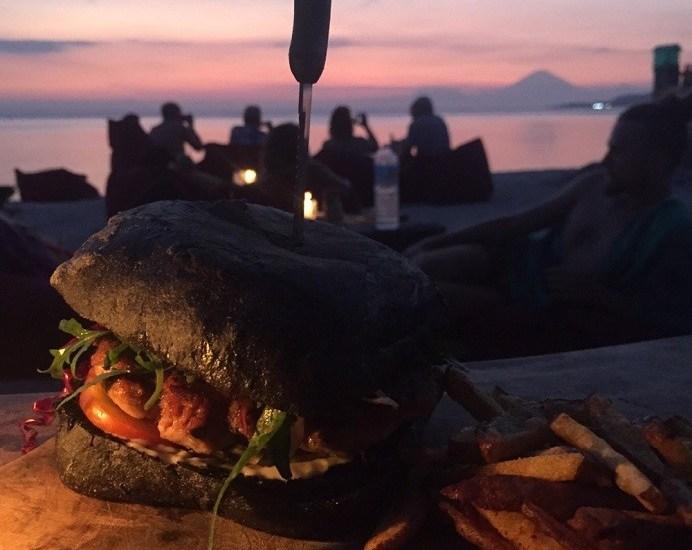 Mowies, Mowie's, Mowie's on the Beach, Gili Air, Gili Islands, Indonesia, bungalows, beach, paradise, Happy Salmon,