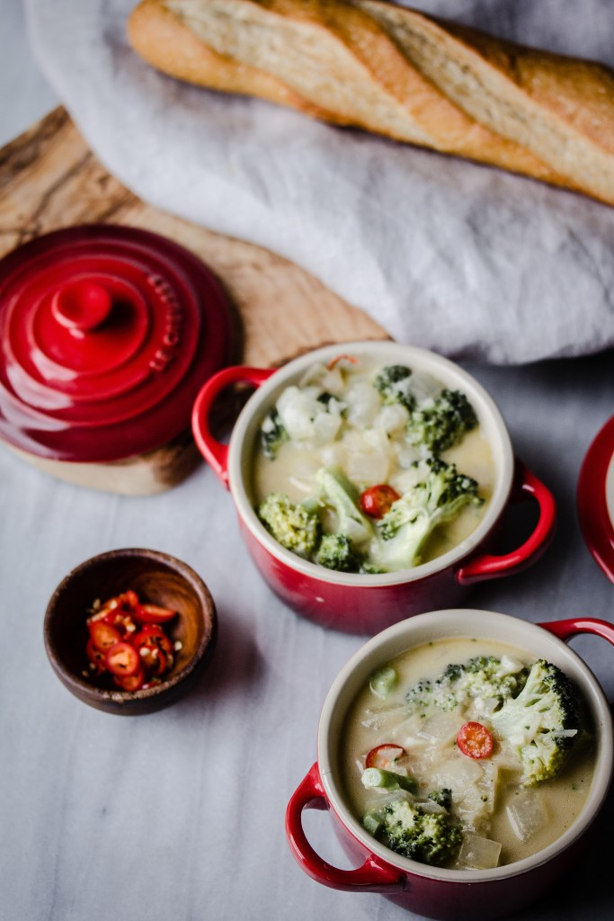 Spicy White Cheddar Broccoli Soup