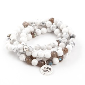 Howlite Labradorite 108 bead Bracelet