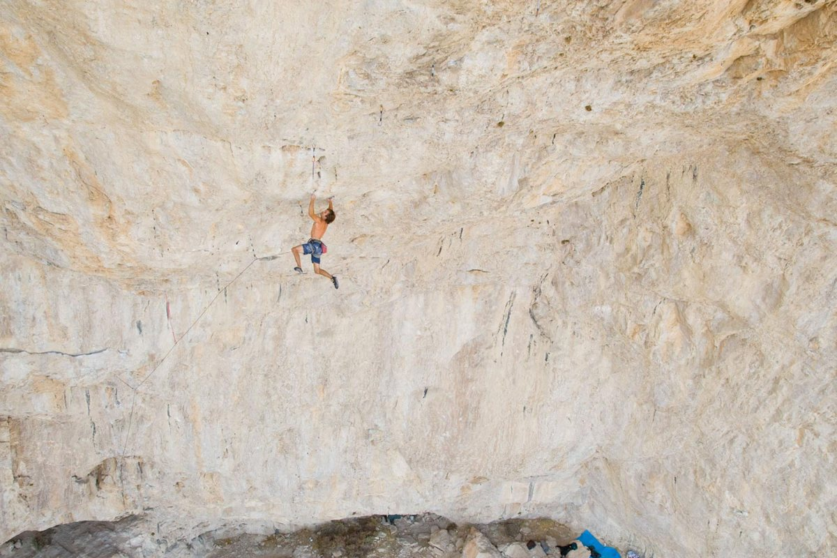 chris sharma jumbo love 9b