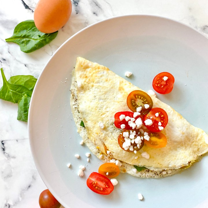 Egg White Omelet with Spinach, Tomatoes, and Goat Cheese