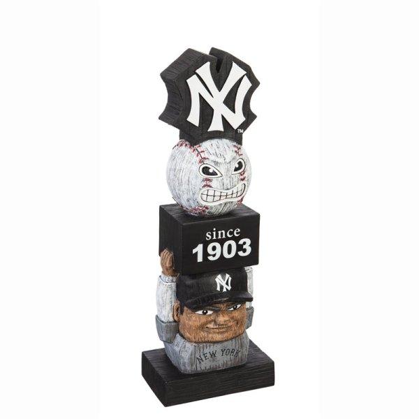 New York Yankees Vintage Garden Statue