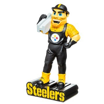 Pittsburgh Steelers statue