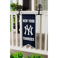 Yankee banner on fence