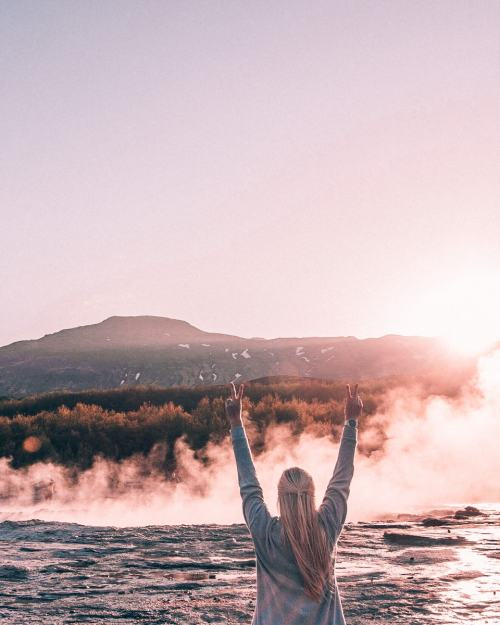 Waiting for Strokkur to erupt at sunset in Geysir on Iceland's Golden Circle. Find a map and full guide to 6 days in Iceland on an epic road trip here.