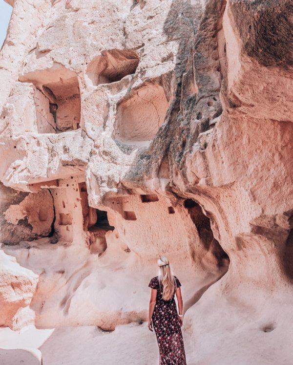 Walking through the cave churches in Fairy Chimney Valley or Pasabagi. Find out full 3 day Cappadocia itinerary here with all the perfect photo spots!