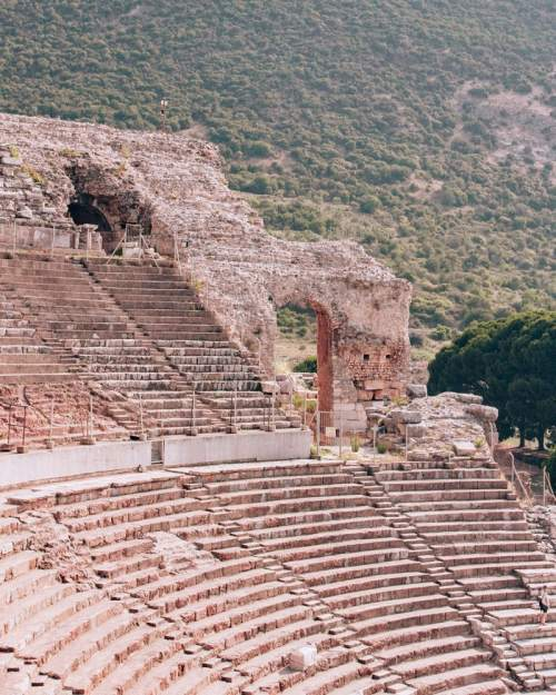 The Grand Theater in Ephesus seats 24,000 people. Find a full one day itinerary with everything you need to know about visiting the ancient ruins of Ephesus in Turkey here.
