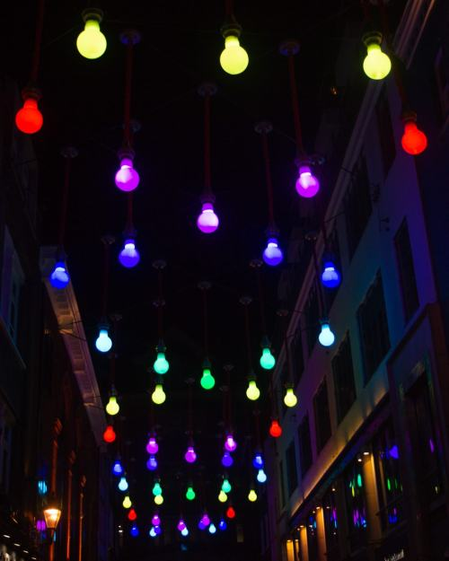 Light bulb art installation in Carnaby. Find all the best Christmas lights in London here (plus a free map!)