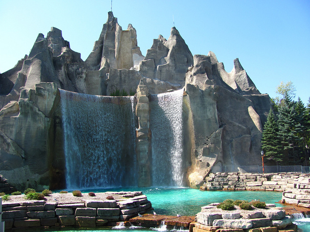 Canada's Wonderland Mountain