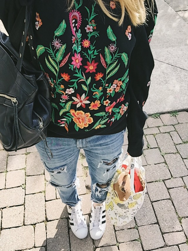 embroidered sweatshirt, jeans, Adidas