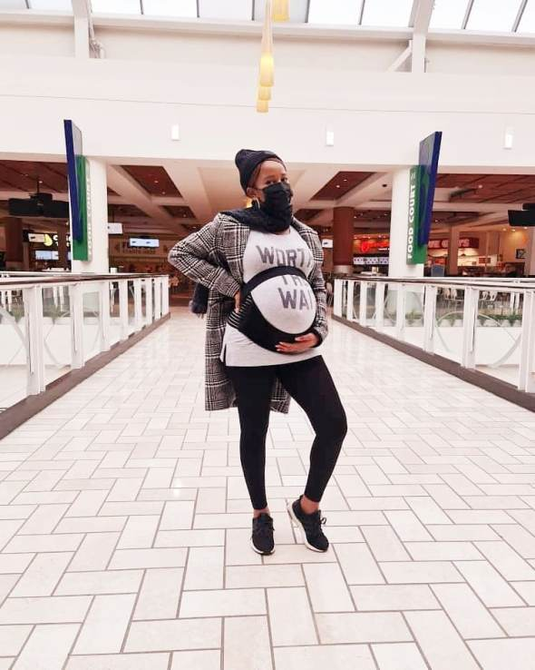 Adesuwa Etomi Wellington Tantalizes The Internet As She Releases More Pictures On Her Pregnancy Journey