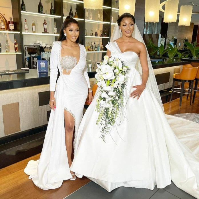 Fashion designer, Yomi Casual's sister in-law, Glory, weds her man Olumide Adewunmi (photos)