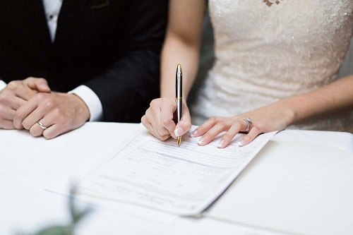 Marriage certificate to now include mothers' names in England and Wales