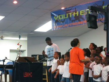 VBS _ Youth Explosion 2014 (44)