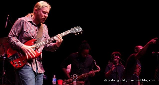 Tedeschi Trucks Band @ Chastain Amphitheatre, Atlanta 7/30/11