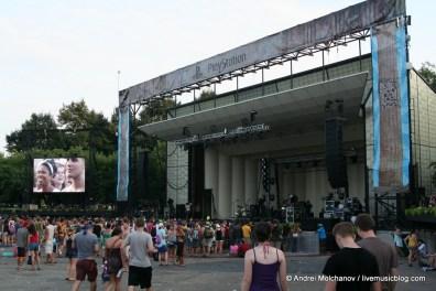 Lollapalooza Day 2 Crowd-14