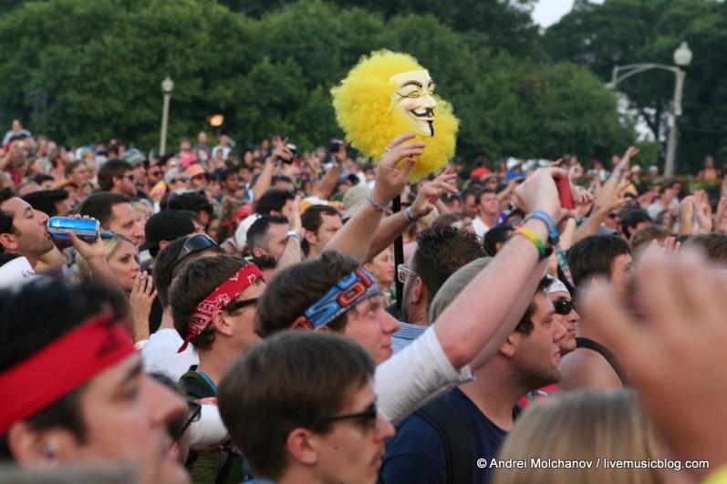 Lollapalooza Day 2 Crowd-16